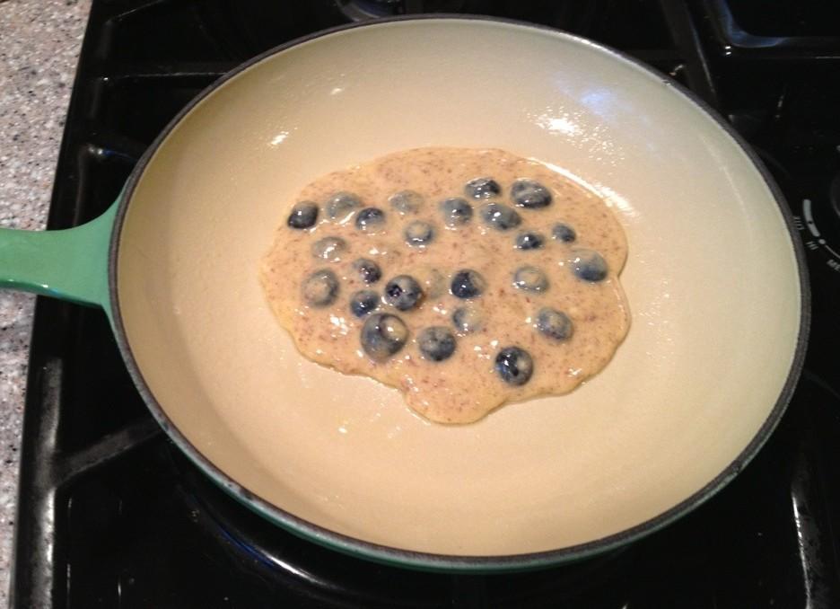 ViSalus Vi-Shape Blueberry Pancake (cooking)