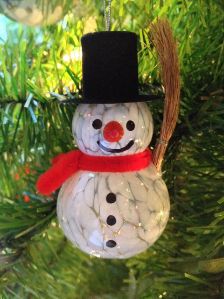 A Look At My Favorite Christmas Ornaments - Got2Run4Me