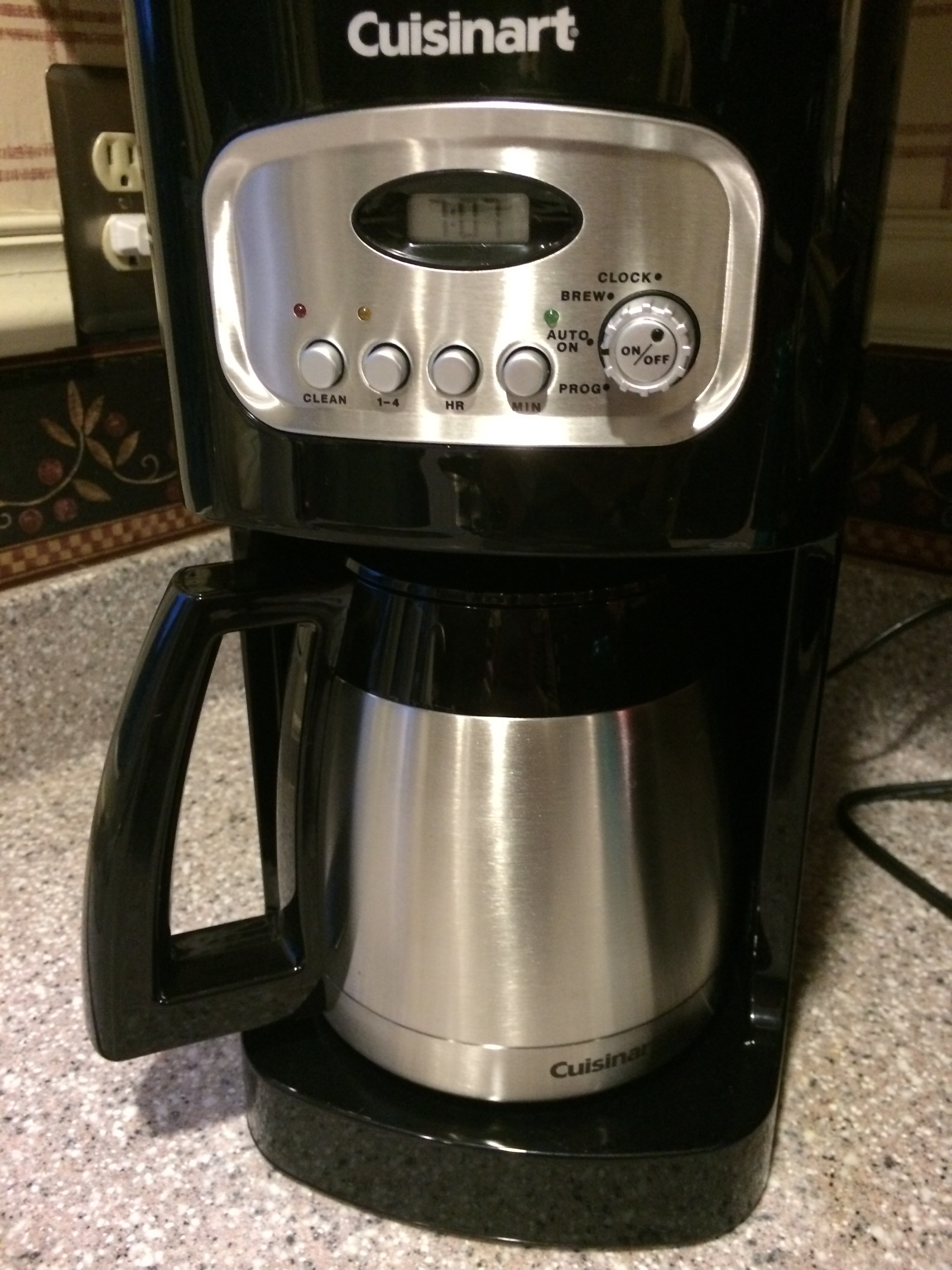Cuisinart Coffee Maker Problems Leaking : Coffee Crisis (Coffee Maker Reviews) - Got2Run4Me